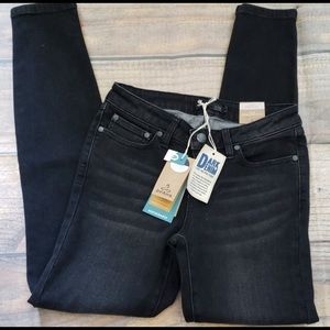 Prana London Jean, short inseam, black skinnys